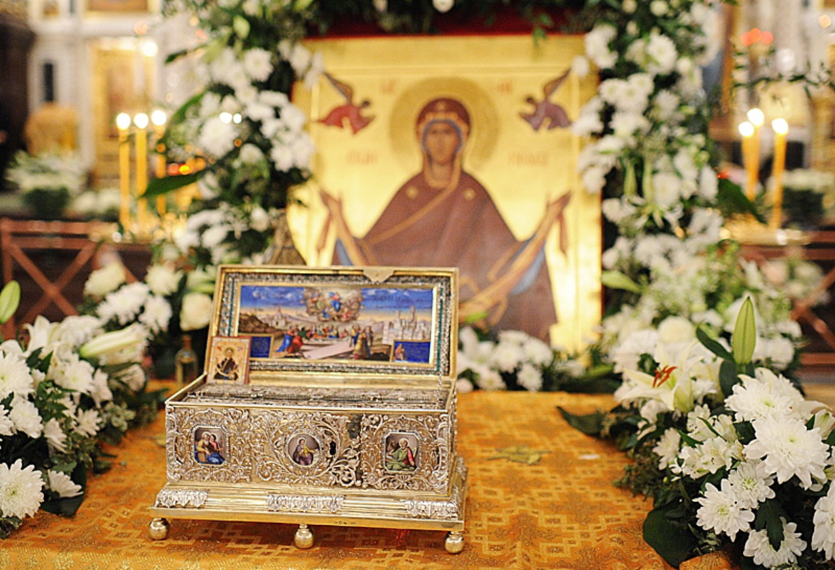 belt-of-the-mother-of-god-28-11-11-moscow-patriarch-kirill
