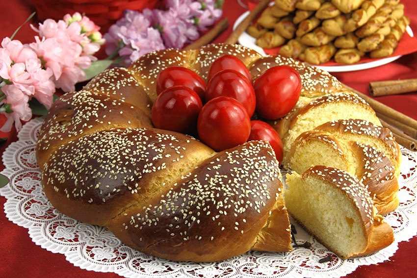 Paschal Bread (Tsoureki)
