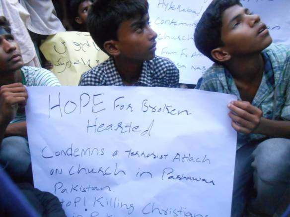 Pakistani Orthodox rally against violence