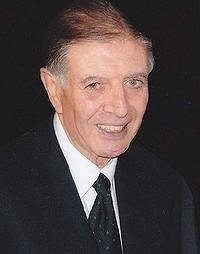 Manuel Aroney01