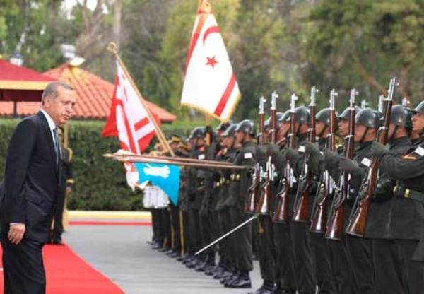 Erdogan inspects troops in Northern Cyprus visit 2014